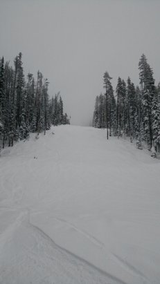 Big White - Another beauty in the Northern Bayou! Cloudy in the morning but unreal snow and not many people. - © EZ