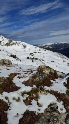 Ax 3 Domaines - Très bonne préparation des pistes.Attention manque de neige en HD. Heureusement sur les pistes c'est très bon ! - © guisoul