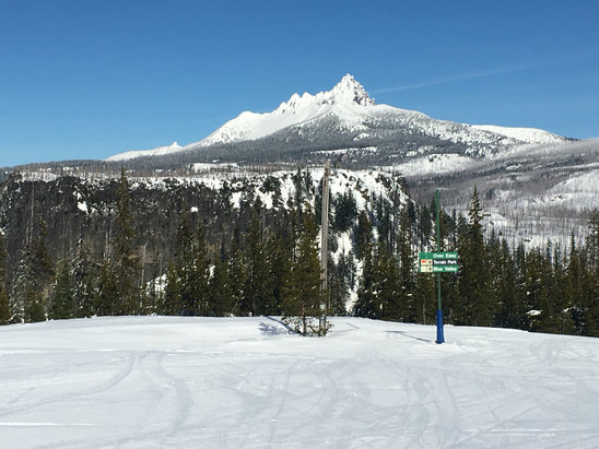 Hoodoo Ski Area - Bluebird day  - ©Shawn Morgan's iPhone