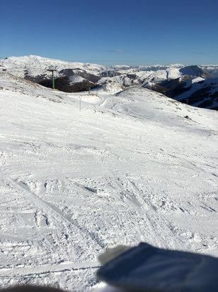 Ovindoli - Si scia bene soprattutto in alto,pietrisco in basso. - © MyiPhone