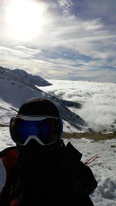 Les 7 Laux - temps superbe en altitude, piste bien préparée.  - © pierregillesfrostin