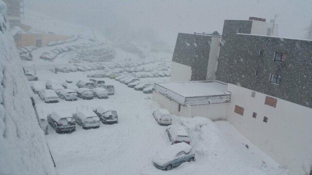 Val d'Allos - La Foux - Neige en abondance depuis cette nuit au moins 15-20 cm  Difficile de skier pour le moment.  - © hyperu.plancoet.bazarser