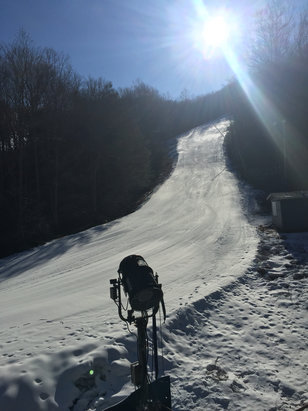 Montage Mountain - Good conditions considering the winter weather we are having. Slopes are empty. First time here and some good runs for a PA mountain.