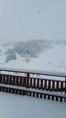 Superdevoluy / La Joue du Loup - il neige enfin depuis midi.Et en abondance. - © noli06