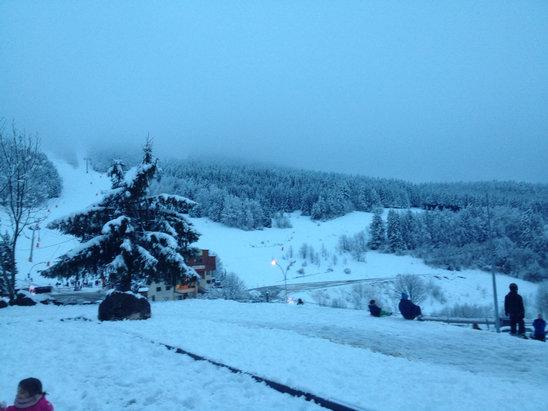 Villard de Lans - Pas mal de neige tombé aujourd'hui. Pistes bien praticables  - © iPhone de Julien