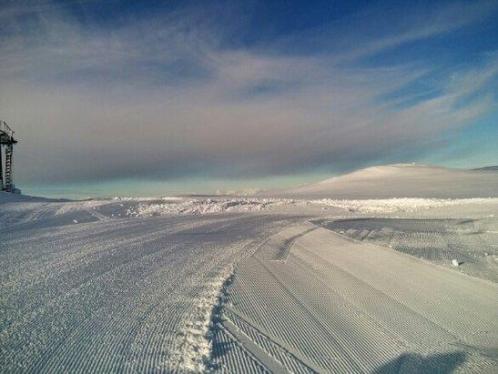Eikedalen - Powder - © Mrozers