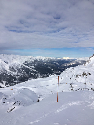 Courchevel - Certainly some pistes were groomed but we found great powder early yesterday!!! - ©KAMG
