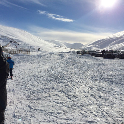 Glenshee - Waited  2hrs this morning for the road to open then was charge a full days ticket at 12pm - ©Barry's Iphone