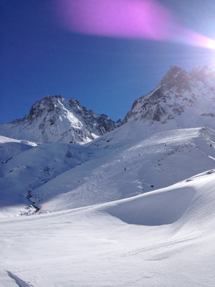 Grand Tourmalet (La Mongie / Barèges) - Beau et bonne neige le matin !  - © iPhone