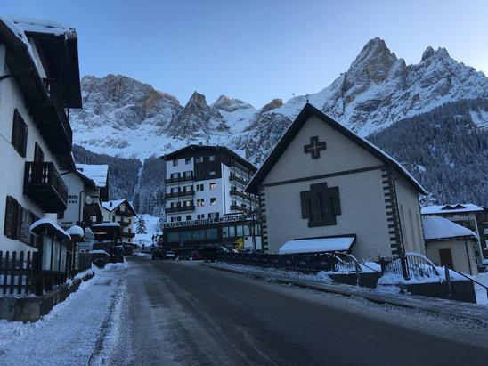 San Martino di Castrozza - Passo Rolle - Excellent snow!  - © Jim's iPhone