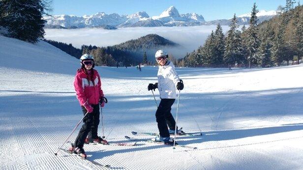 San Vigilio di Marebbe - Sunny day, great skiing - © pbutton100