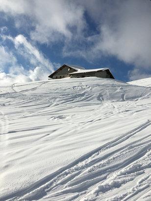 La Clusaz - Belle neige à beauregard vendredi après midi - © iPhone de virginie