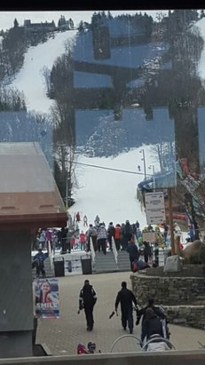 Camelback Mountain Resort - great snow but a little icy. Perfect weather outside! - © froggy34512