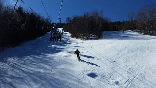 Loon Mountain - Good conditions today considering. Perfect weather and more exposed ice as the day went on. - © brotrek