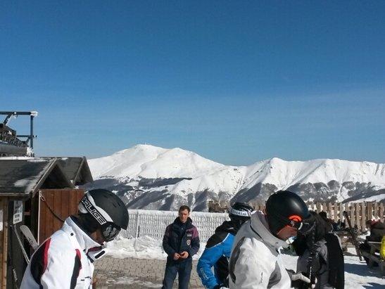 Abetone - impianti aperti quasi tutti. neve tanta e bella!! e sole a palla! giornata favolosa - © cybervanna.