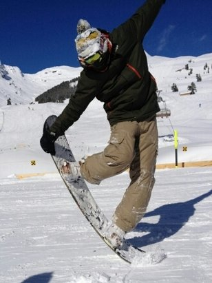 Avoriaz - Snowboxx        Come on.....   - © commodoreplumbingexeter