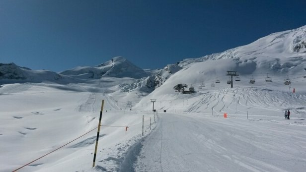 Saas Fee - Le paradis blanc là haut. Tout simplement magnifique !  - © swissorbitus