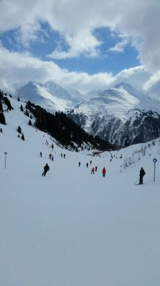 St. Anton am Arlberg - [! skireport_firsthandpost_pagetitle ] - © macleod.roddy