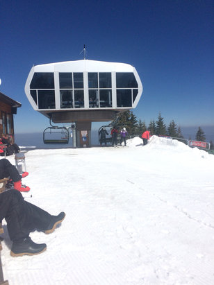 Borovets - After two days of bluebird skies skiing has gone to mash it is really hard work and it is more like skiing in mash potatoes. End of season is nigh.  - © ian briggs's iPhone