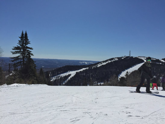 Tremblant - Very nice day. Wait times are good - © James