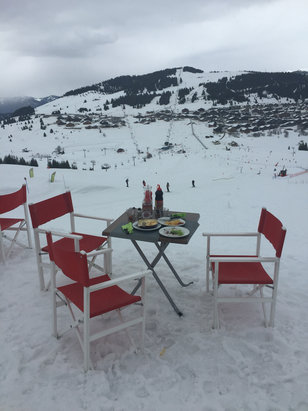 Les Saisies - Fantastic lunch with wonderful view from Les Halles de Bisanne. A little rain coming in but wonderful day on fresh snow
