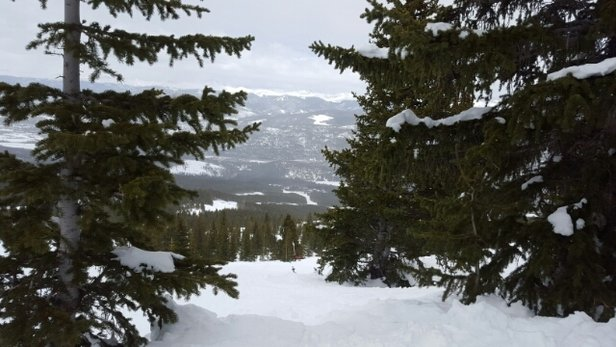 Breckenridge - Find your spots.  Good snow off imperial chair/tbar.  Got a little sticky down low, but good day to be out...Hopefully a little refill on Wed. - ©J