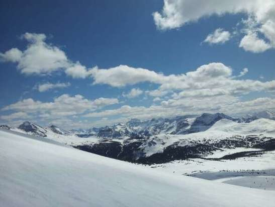 Sunshine Village - sunny day!! - © francegautreau