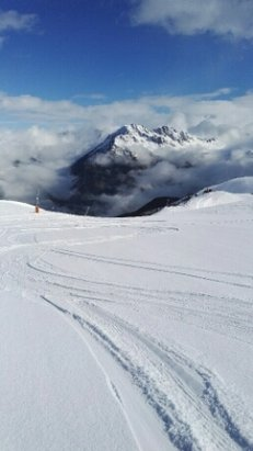 Alpe d'Huez - [! skireport_firsthandpost_pagetitle ] - © chris