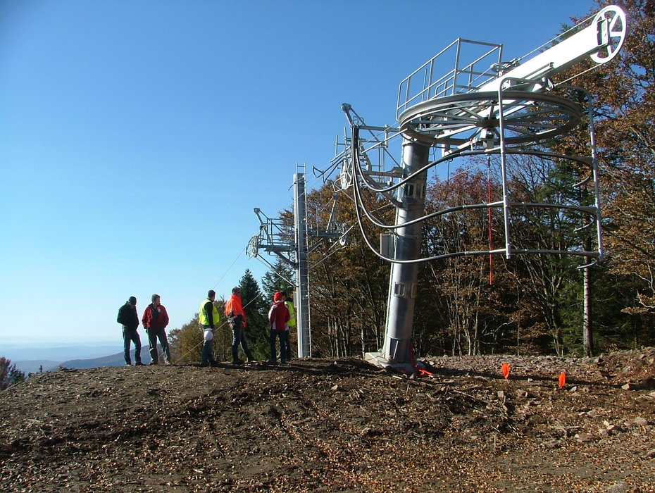 Construction of a lift at Ballon d'Alsace .