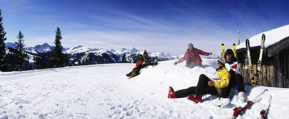 Visitors to Tannheimertal enjoying the snow.