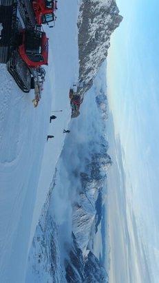 Zugspitze - Windig und oft schlechte Sicht, aber Schnee war ok - © Anonym