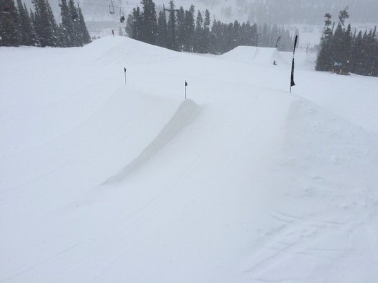 Eldora Mountain Resort - Great packed powder day. The mountain is skiing well!  - ©Dan's iPhone