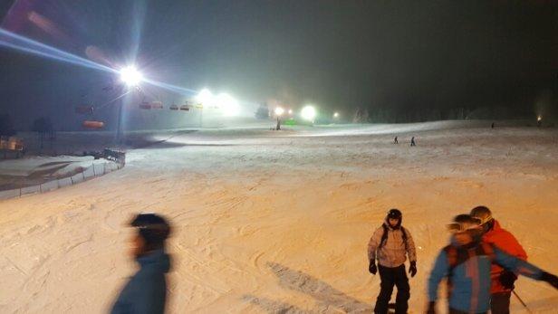 Zieleniec Ski Arena - dziś była rewelacja. na nocnych jazd ach stok pusty.  - © narciarz