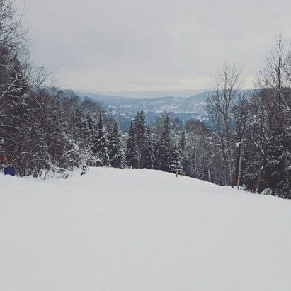 Mont Saint-Sauveur - Awesome first ride of the year. Very descent conditions. - © anonymous