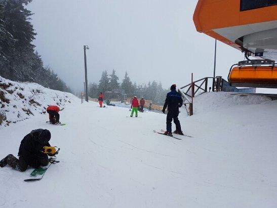 Zieleniec Ski Arena - troche mgły z rana poźniej sypnęło a ogólnie super - © bloobleq