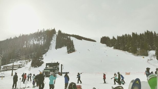 Winter Park Resort - They don't have 43 inches maybe 32inch. You can still see tops of trees on Jane, winter side is icy. Not bad for mid December tho. They could blow more snow.  - © Blayne Asbell