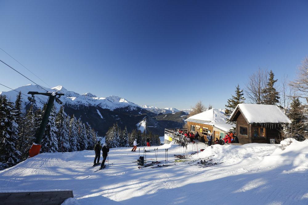 Die Bergstation im Skigebiet Hohentauern mit der Wichtelhütte - © Herbert Raffalt/Tourismusverband Hohentauern