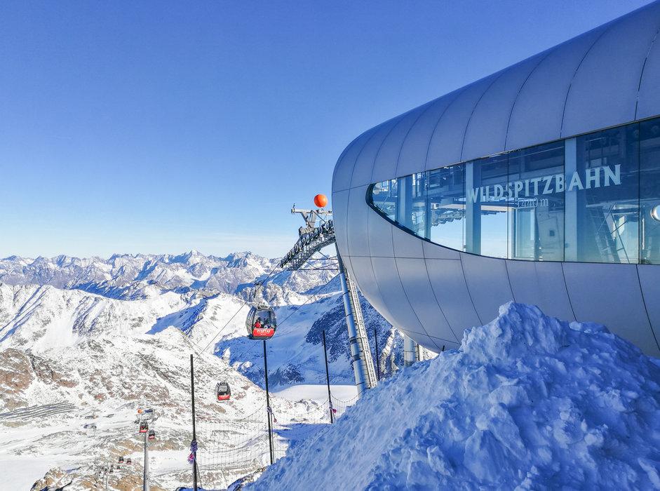 Blick auf die Wildspitzbahn - © Pitztaler Gletscherbahn GmbH&CoKG