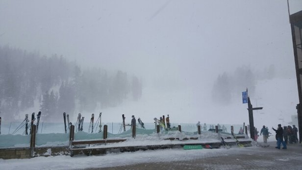 Mammoth Mountain Ski Area - mountain was close due to weather condition.  - ©jan_aggasid