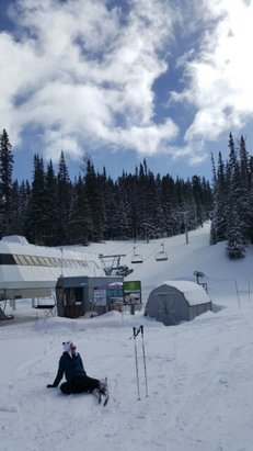 Sunrise Park Resort - Lots of powder ...no lines! - © anonymous