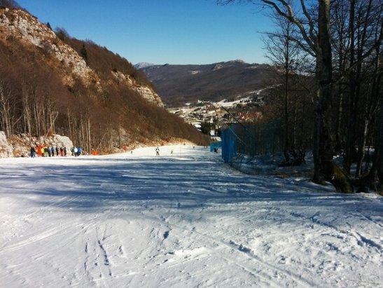 Piancavallo - Buone le condizioni delle piste, solo nel pomeriggio si sono ghiacciate un po'. Bella giornata comunque, si è sciato bene!  - © Luca
