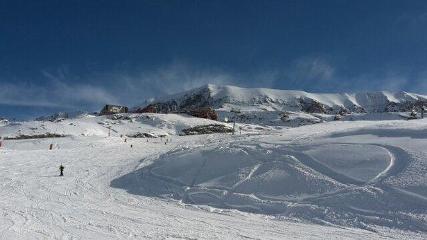 Alpe d'Huez - neige fraîche cet à midi 30 à 40 cm  - © lepeltieryann72