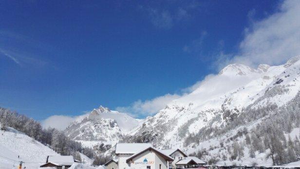 Argentera - troppo tardi per trovare linee incontaminate, ma neve cmq buona - © Ale B