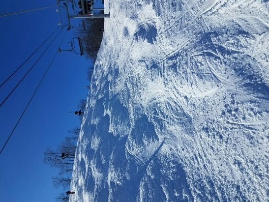 Boyne Highlands - spring ski conditions, 43 and sunny, good coverage