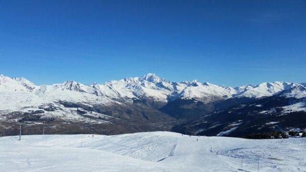 Montchavin - La Plagne - Agréable au-delà de 2000 m mais il faut qu'il neige car qqs cailloux et plaques apparaissent... - © moreau.hugues59