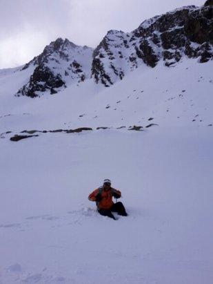 Sölden - Maravilla de estación. Como nevó anoche,  parece ser que no les dio tiempo a pisar todas las pistas.  - © fernandolopezpereamarque