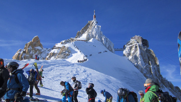 Chamonix Mont-Blanc - The week of Feb 24th thru March 4th: WOW what a week. Lots of snow and sun! - © Vins iPhone
