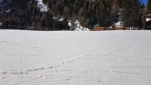 Pontedilegno Tonale - Adamello Ski - rano super a potem ok. można szaleć  - © qbz