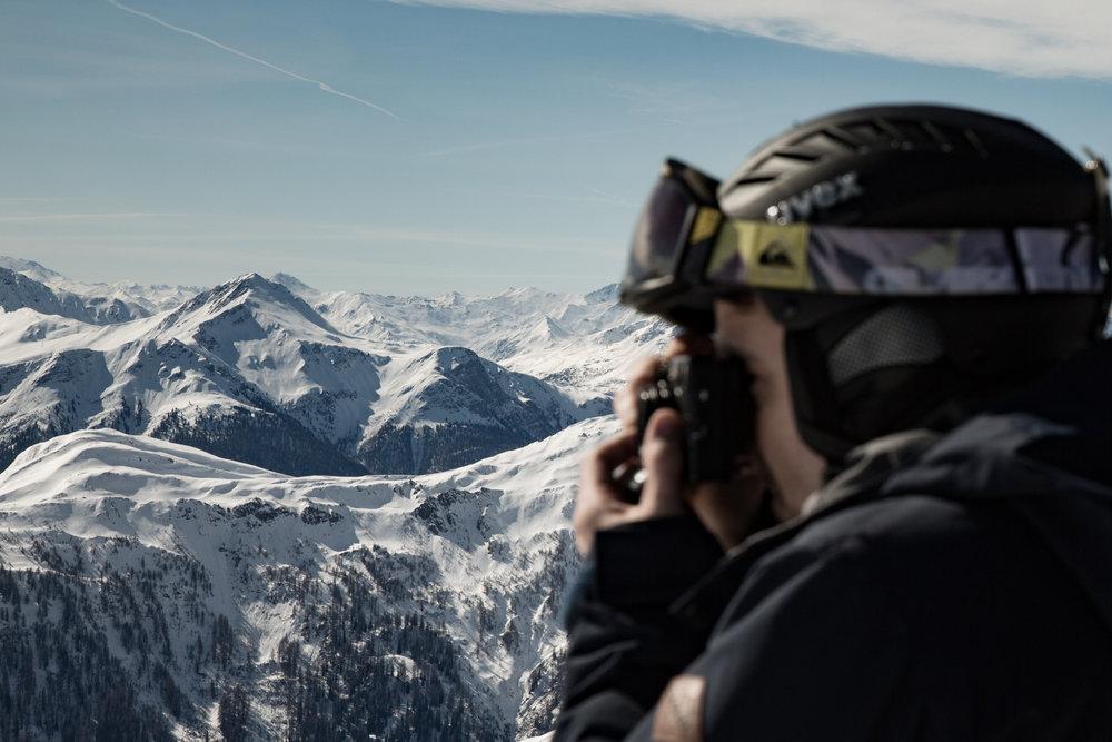 Am Zwölferkopf auf knapp 2600 Meter Höhe hat man einen fantastischen Ausblick - © Skiinfo