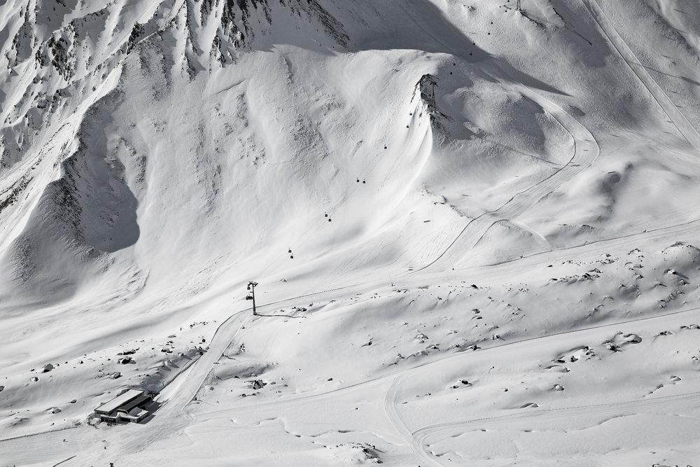 Blick auf die Talstation der Pezid-Gondelbahn - © Skiinfo